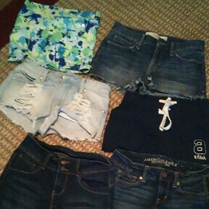 00 /xs Abercrombie, Guess and America Eagle shorts